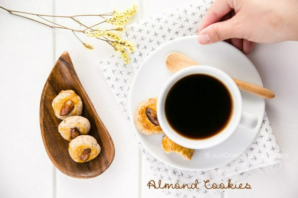 Almond Cookies  | Easy Japanese Recipes at JustOneCookbook.com